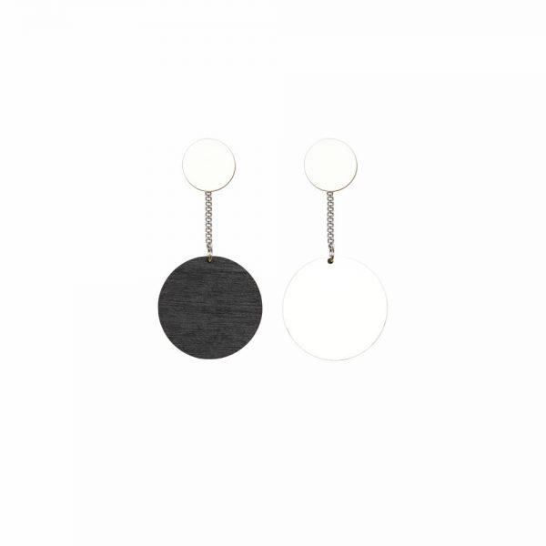 Laav Collection Yhdessä korvakoru iso musta valkoinen